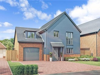 4 bedroom detached house in New Romney