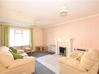 1 bedroom top floor retirement flat in Walderslade, Chatham