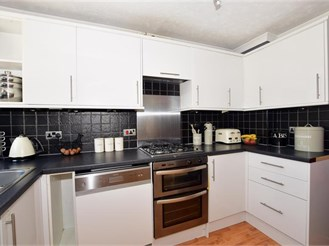 3 bedroom semi-detached house in Downswood, Maidstone