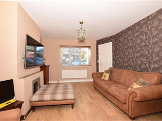 2 bedroom semi-detached house in Chatham