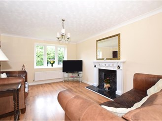 4 bedroom detached house in Poets Development, Larkfield