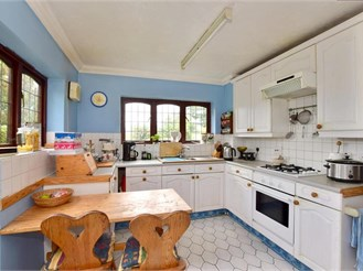 4 bedroom detached house in Tunbridge Wells