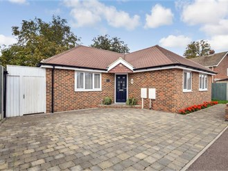 3 bedroom detached bungalow in East Malling