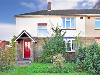 3 bedroom semi-detached house in Hernhill, Faversham