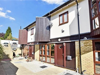 4 bedroom terraced house in Maidstone