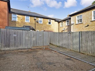 2 bedroom terraced house in Herne Common, Herne Bay