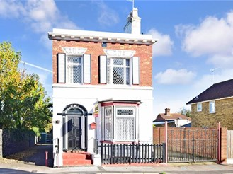 5 bedroom detached house in Cliftonville, Margate