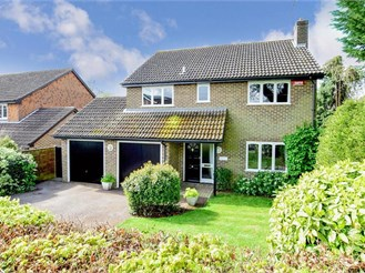 4 bedroom detached house in Yalding, Maidstone