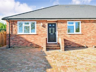 3 bedroom semi-detached bungalow in Warden Bay, Sheerness