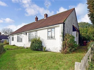 2 bedroom semi-detached bungalow in Chilham, Canterbury