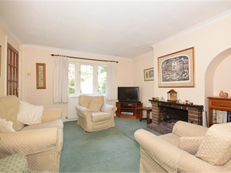 4 bedroom semi-detached house in Hollingbourne, Maidstone