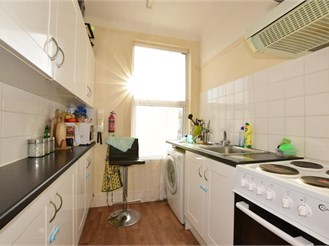 2 bedroom top floor converted flat in Ilford