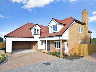 4 bedroom detached house in Challock, Ashford