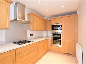 3 bedroom town house in Bluebell Hill Village, Chatham