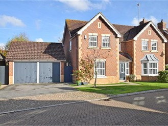 4 bedroom detached house in Kings Hill