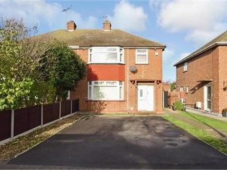 3 bedroom semi-detached house in Sheerness