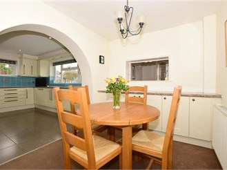 5 bedroom detached house in Margate