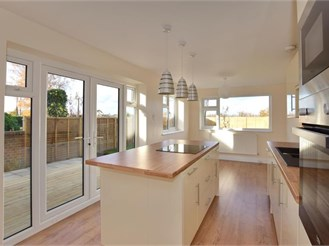 3 bedroom semi-detached house in Five Oak Green, Tonbridge