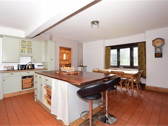 5 bedroom detached house in Broadstairs