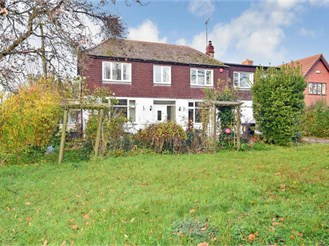 7 bedroom detached house in Upstreet, Canterbury