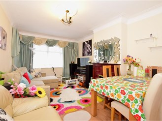 2 bedroom ground floor flat in South Norwood