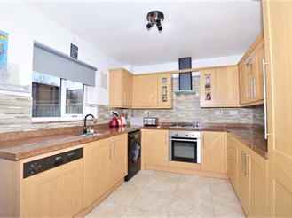 3 bedroom terraced house in Forest Row