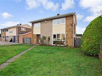 4 bedroom detached house in Chestfield, Whitstable