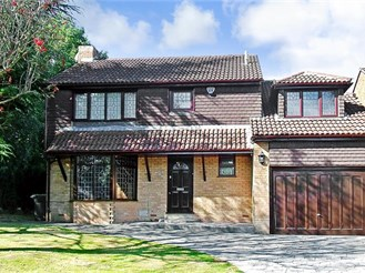 4 bedroom detached house in Walderslade Woods, Chatham