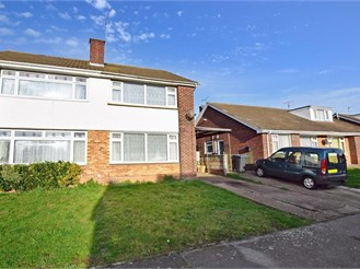 3 bedroom semi-detached house in Sturry, Canterbury