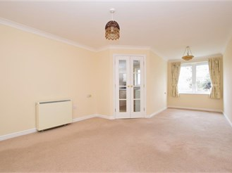 1 bedroom first floor retirement flat in Redhill
