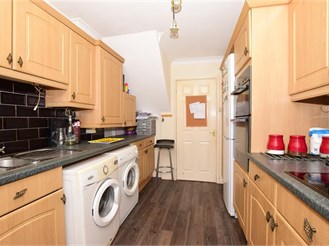 5 bedroom semi-detached house in Whitstable
