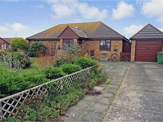 3 bedroom detached bungalow in Lydd On Sea, Romney Marsh