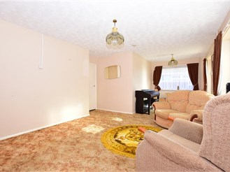 2 bedroom semi-detached bungalow in Westgate-On-Sea
