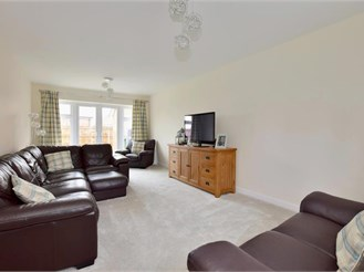 4 bedroom detached house in Coxheath, Maidstone