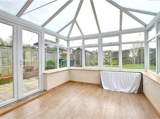 3 bedroom attached house in Biddenden, Ashford
