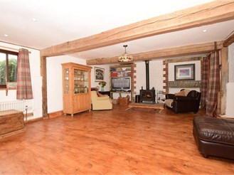 5 bedroom detached house in Boughton Monchelsea, Maidstone