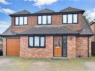 5 bedroom detached house in Wigmore, Gillingham