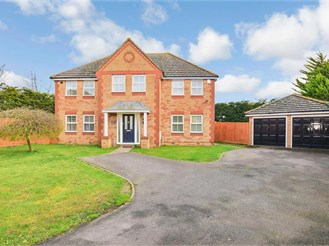 5 bedroom detached house in High Halstow, Rochester