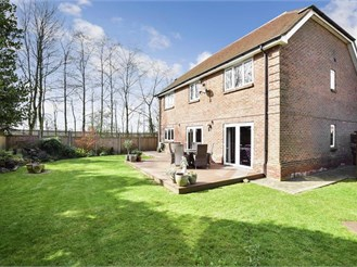 4 bedroom detached house in Chart Sutton, Maidstone