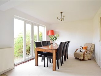 4 bedroom detached house in Hawkinge, Folkestone