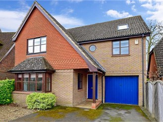 5 bedroom detached house in East Peckham, Tonbridge