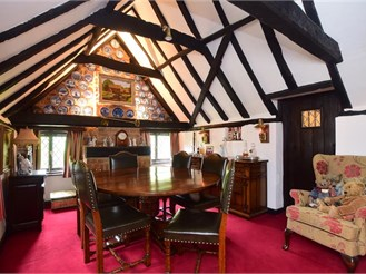4 bedroom detached house in Fordwich, Canterbury