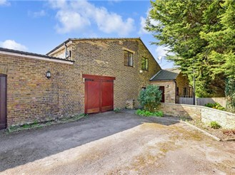 4 bedroom detached house in Borstal, Rochester