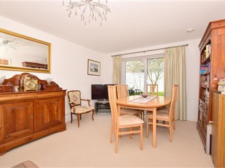 4 bedroom detached house in Holborough Lakes