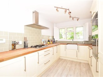 4 bedroom detached house in Larkfield, Aylesford