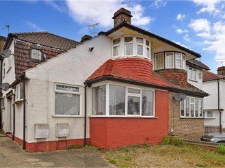 2 bedroom ground floor maisonette in Dartford