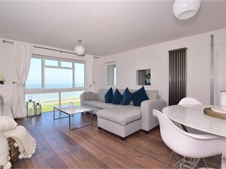 2 bedroom second floor apartment in Cliftonville, Margate