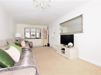 3 bedroom end of terrace house in Cranbrook