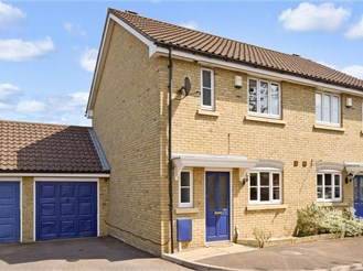 2 bedroom semi-detached house in Larkfield