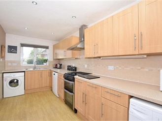 4 bedroom semi-detached house in Bearsted, Maidstone